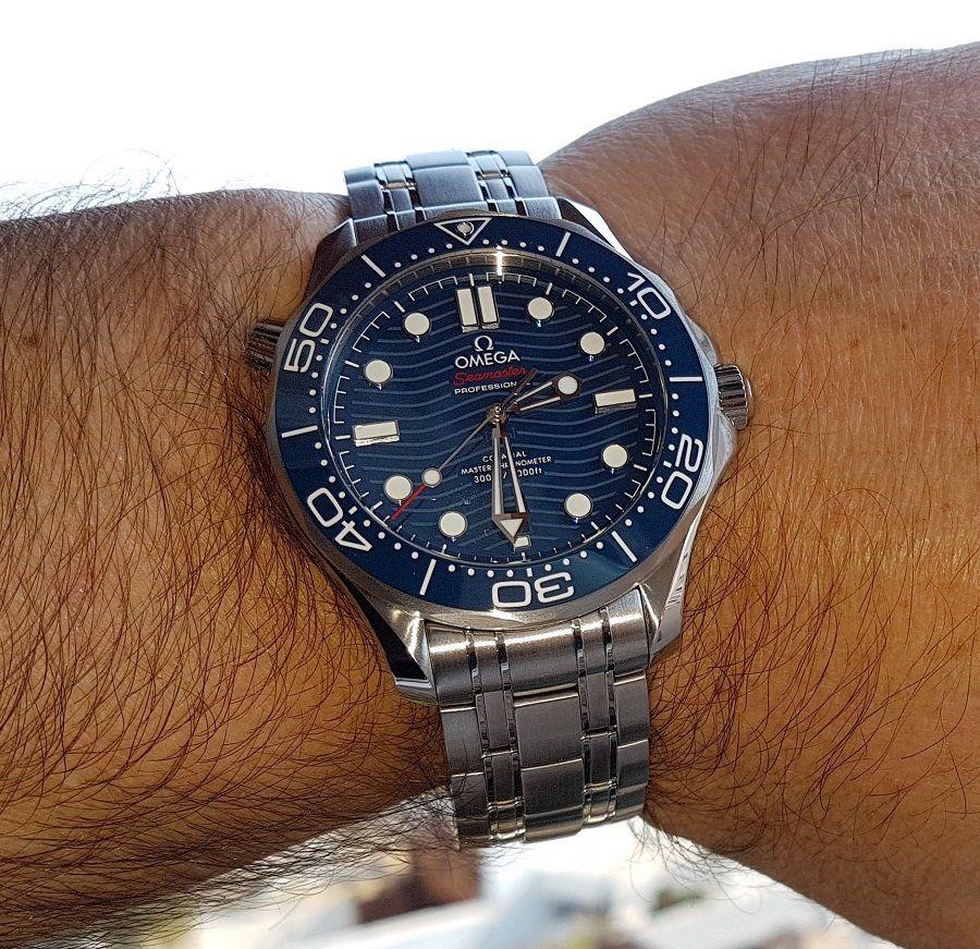 Ω Seamaster Diver 300M Co-Axial Master Chronometer 42mm Ref. 210.30.42.20.03.001 (2).jpg
