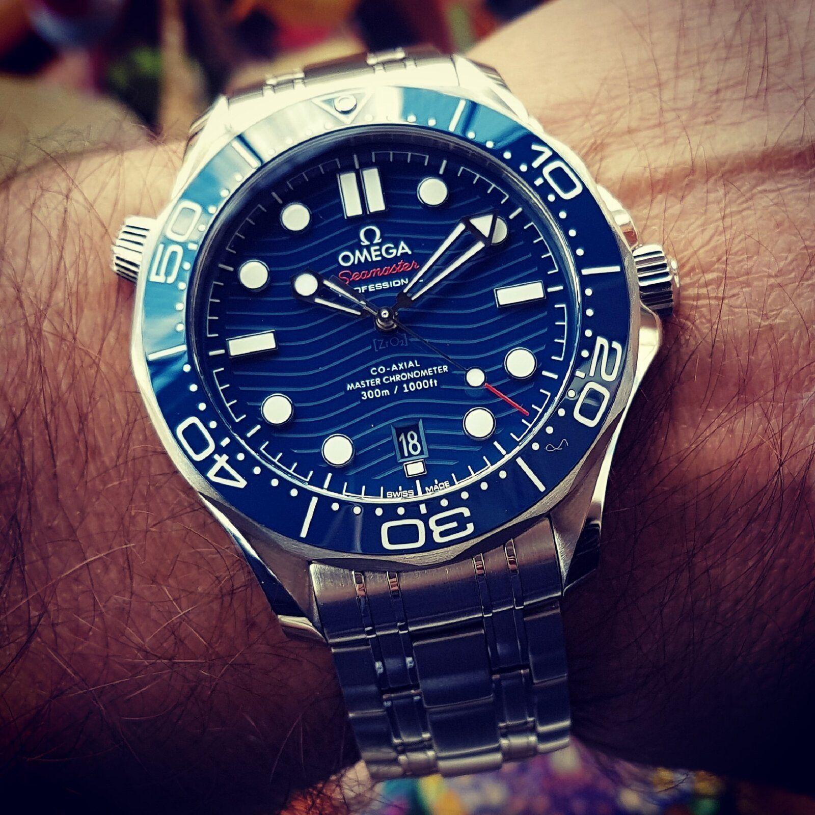 Ω Seamaster Professional Diver 300M Co-Axial Master Chronometer 42mm Cal. 8800 Blue (2).jpg