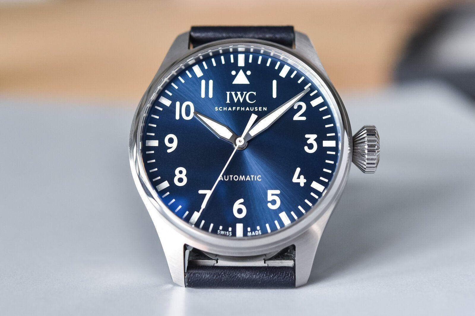 2021-IWC-Big-Pilots-Watch-43-review-10.jpg