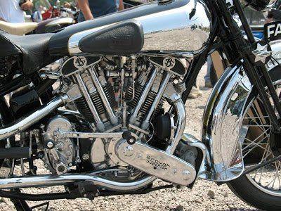 215a_4+1939+Brough+Superior+SS100.jpg