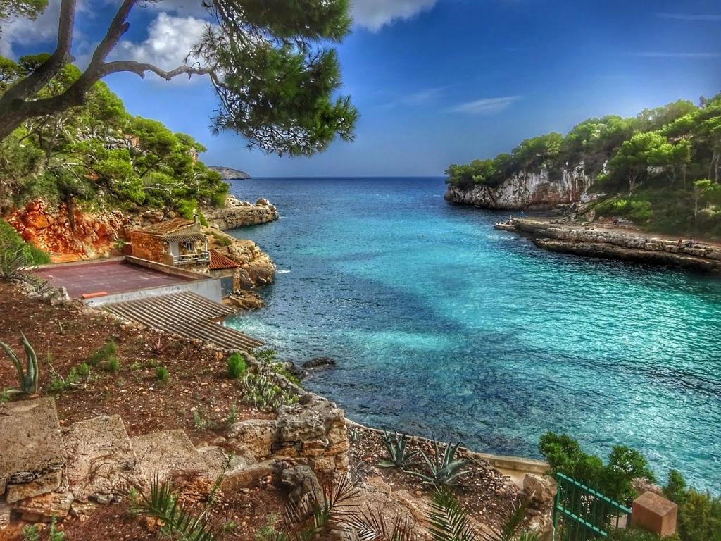 Cala Llombards _ Mallorca _ HDR.jpg
