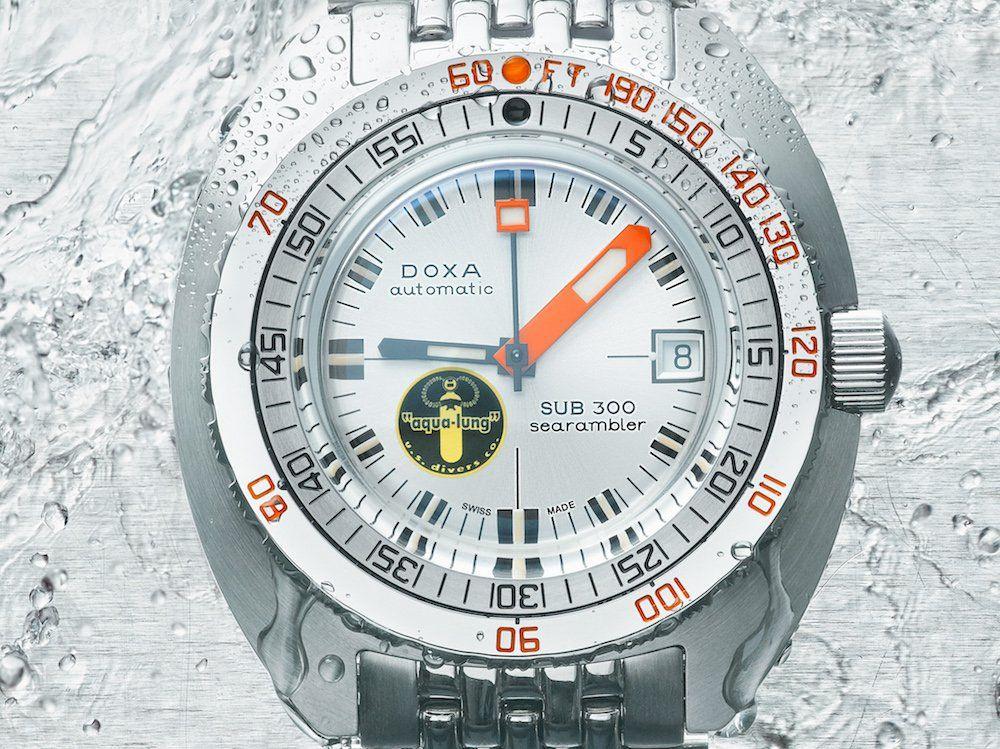 DOXA-SUB-300-Silver-Lung-6.jpg