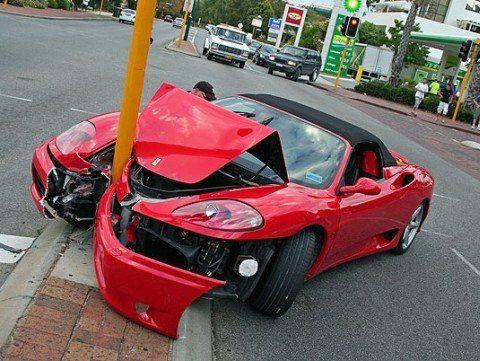 FerrariCrash4.jpg