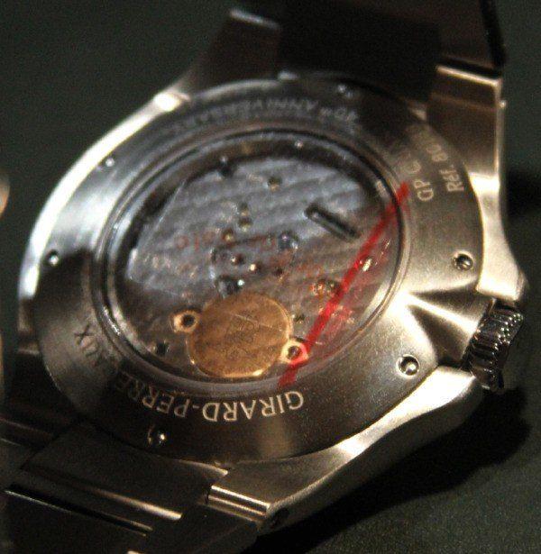 girard-perregaux-laureato-quartz-2.jpg