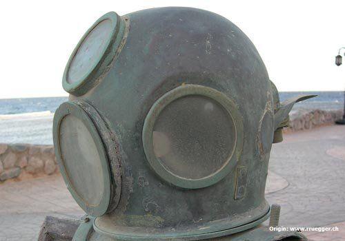 helmet_dahab.jpg
