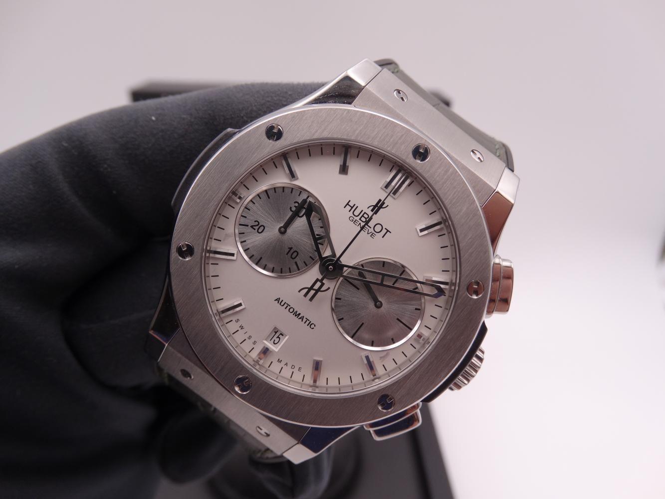 hublot classic fusion chronograph titanium 3582.jpg