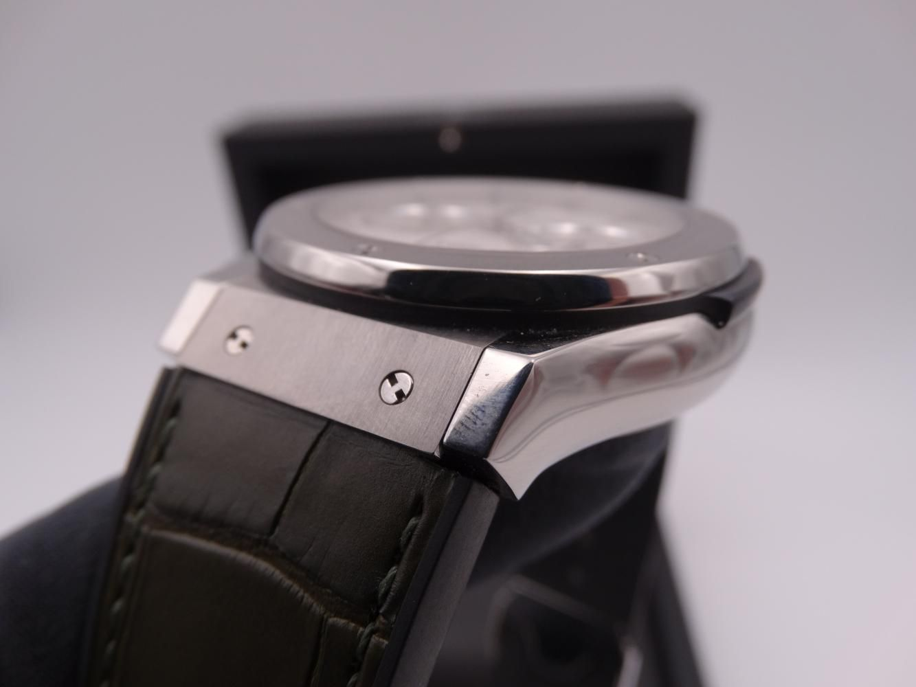hublot classic fusion chronograph titanium 3595.jpg
