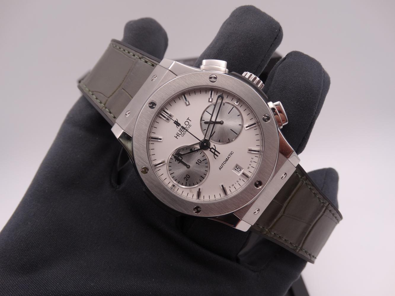 hublot classic fusion chronograph titanium 3596.jpg