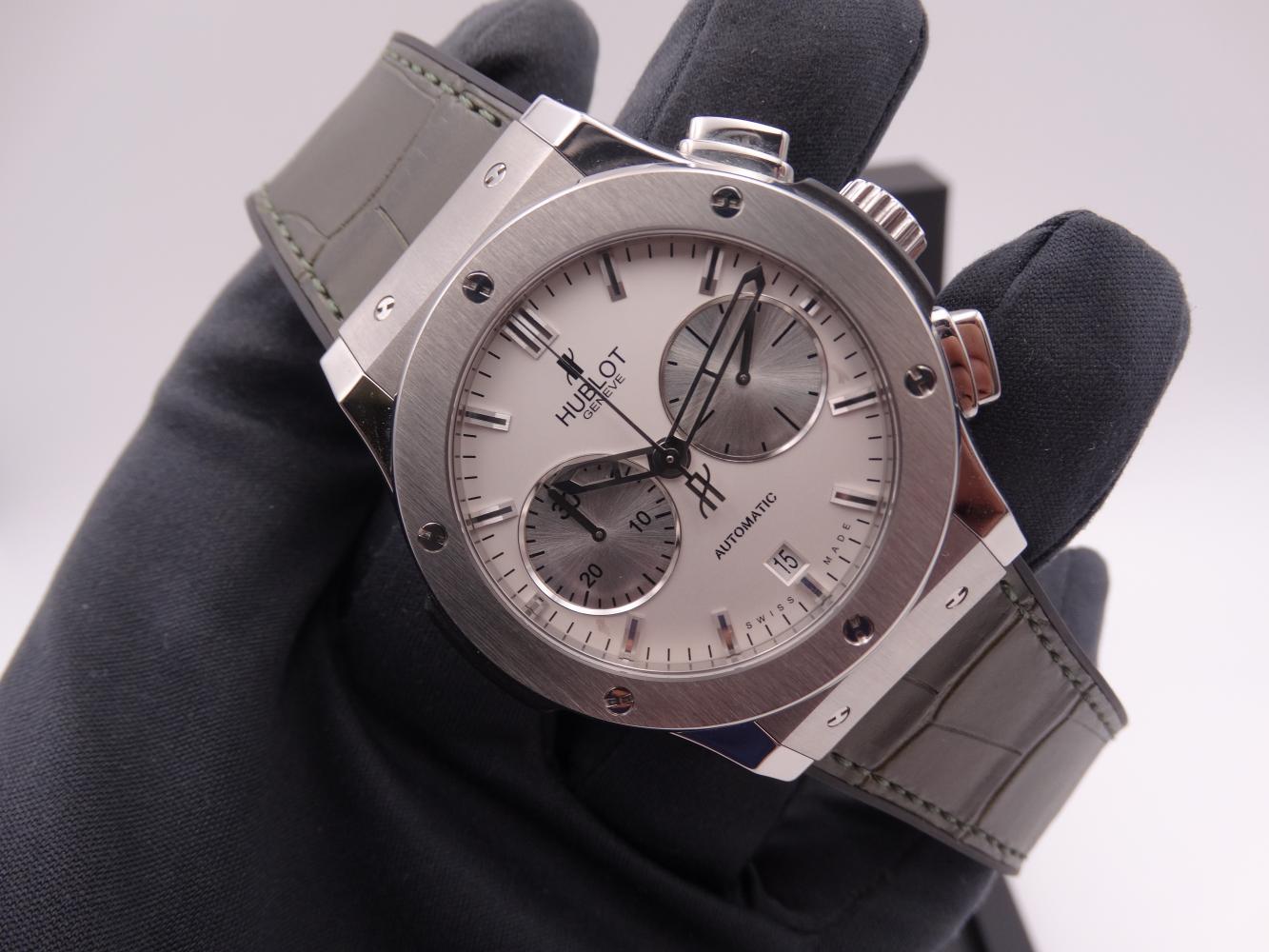 hublot classic fusion chronograph titanium 3600.jpg