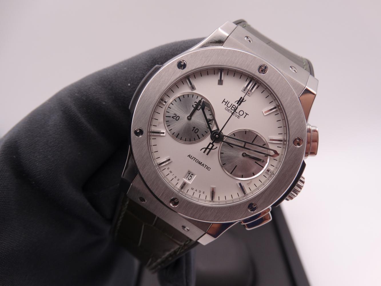 hublot classic fusion chronograph titanium 3601.jpg