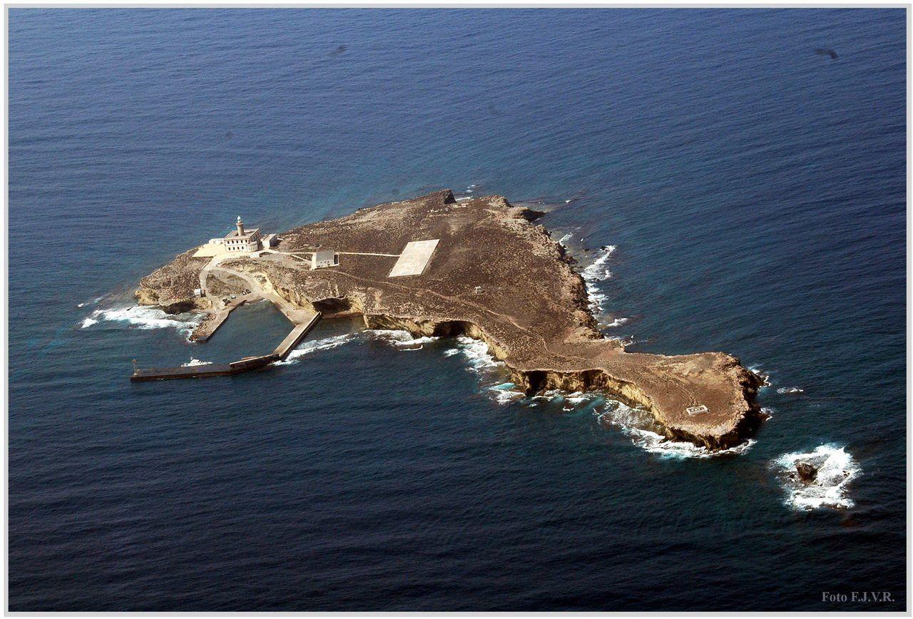 Isla+de+Albor%C3%A1n,+F.J.V.R..jpg