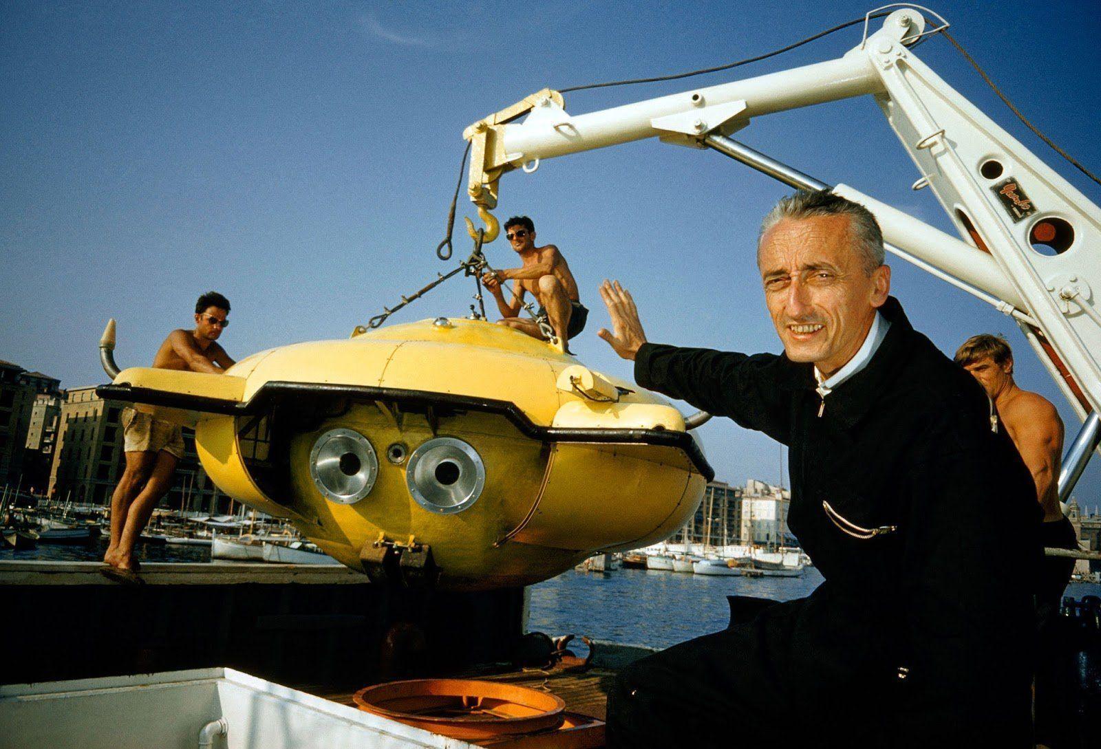 natgeo_cousteau_jacques_submersible.jpg