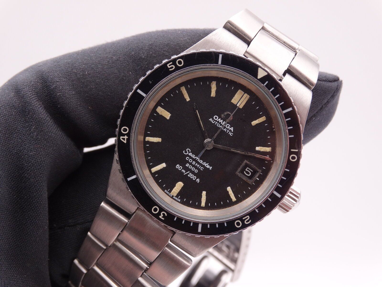 Omega Seamaster Cosmic 2000 01164.JPG