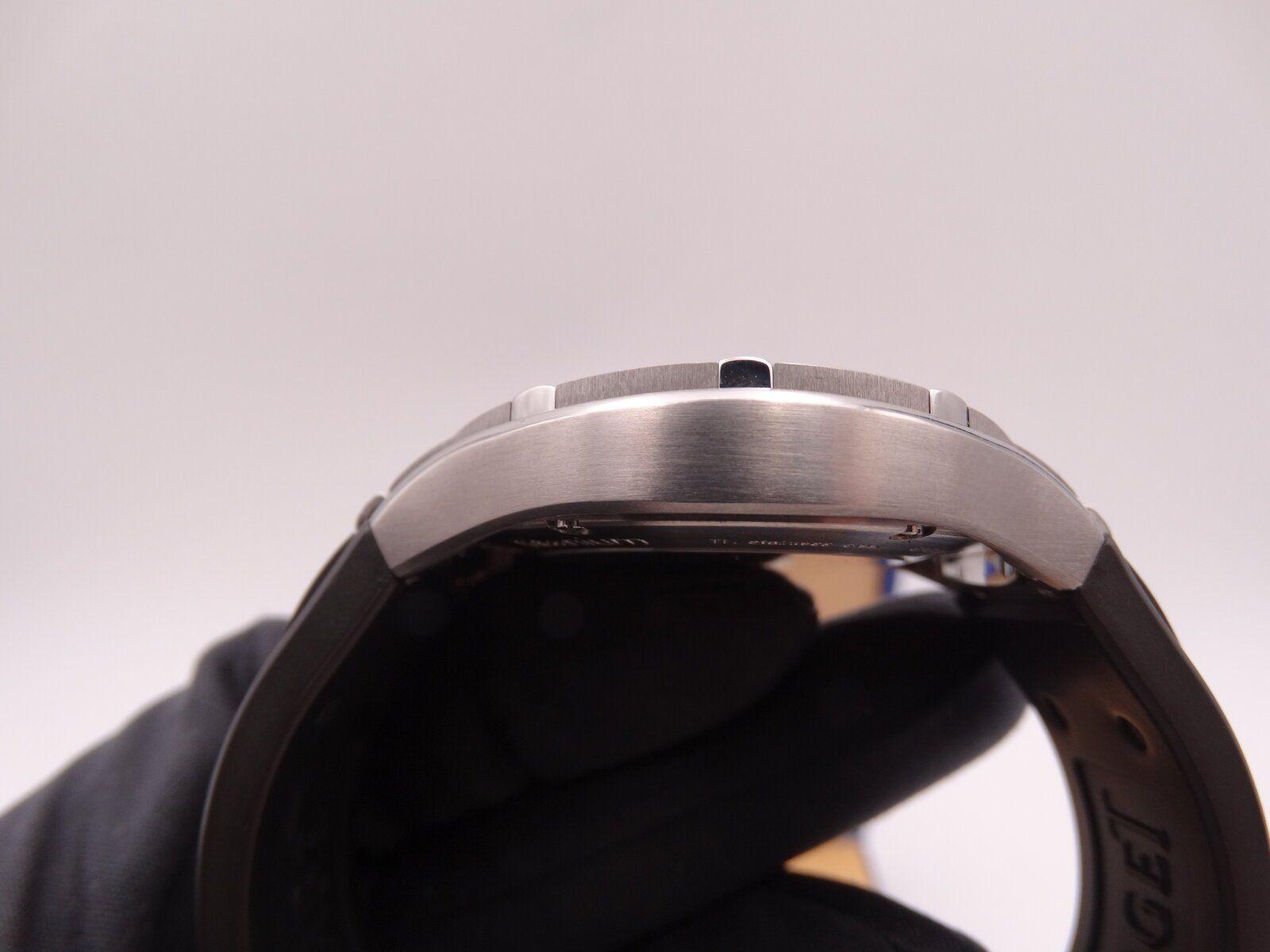 Piaget Polo FortyFive Titanium 01231.JPG