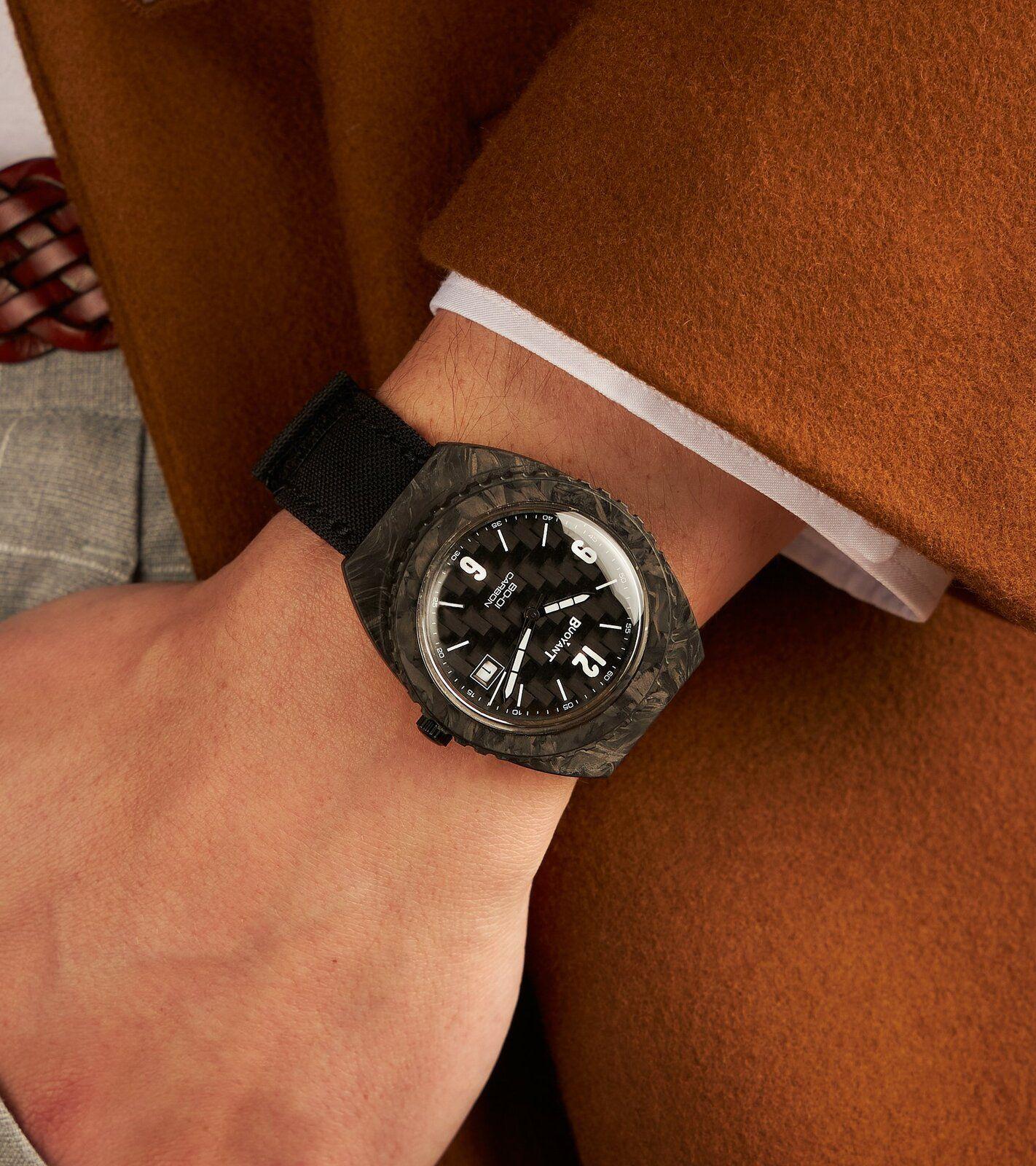 Reloj en Muñeca.jpg