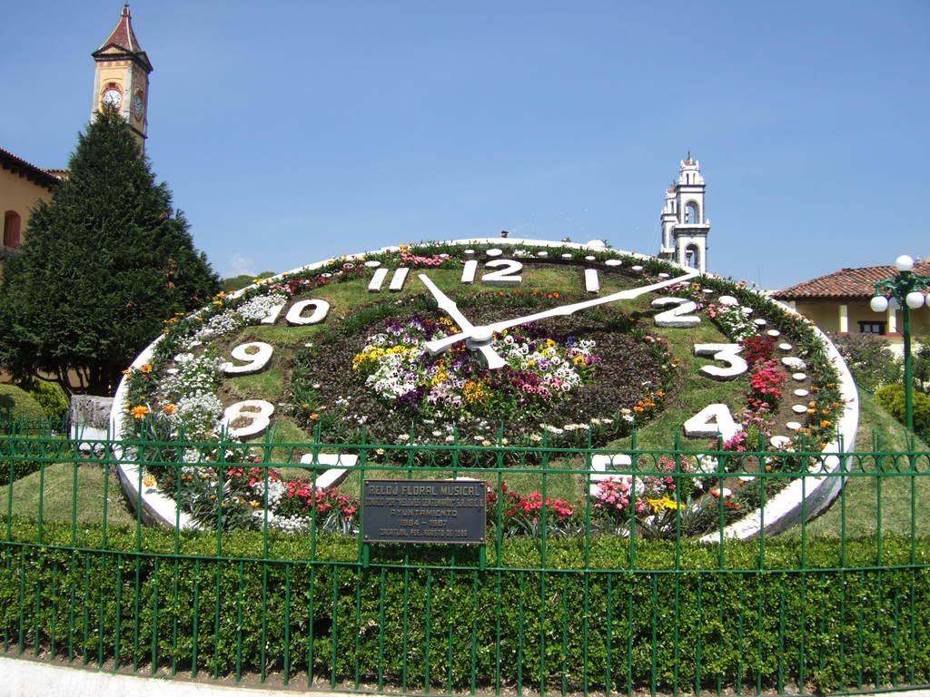 reloj+floral+musical+de+zacatlan.jpg