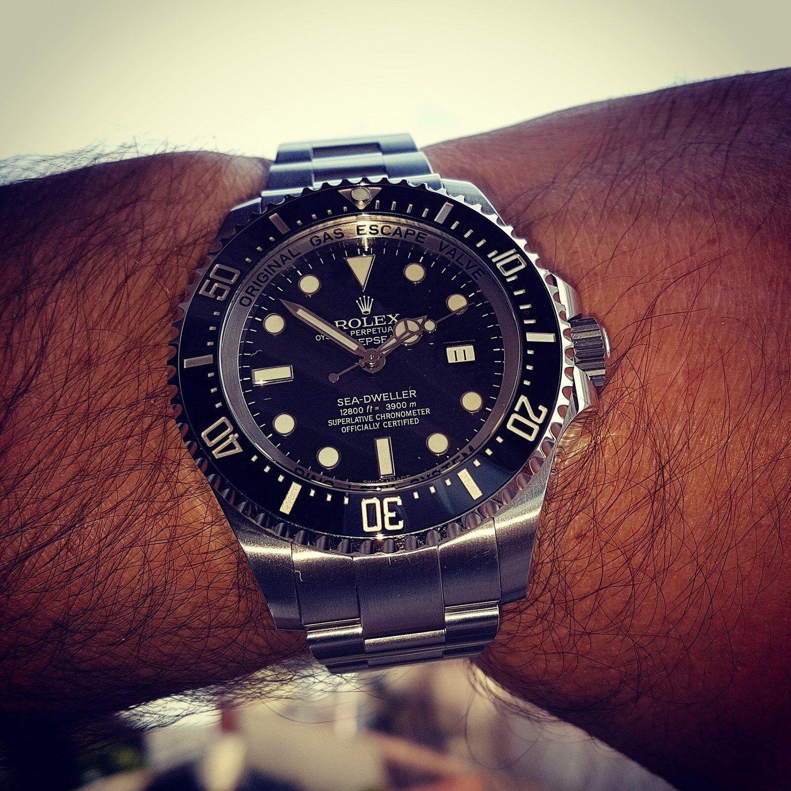 Rolex Sea-Dweller Deepsea 44mm 3900M Cal. 3135 Ref. 116660 (2).jpg