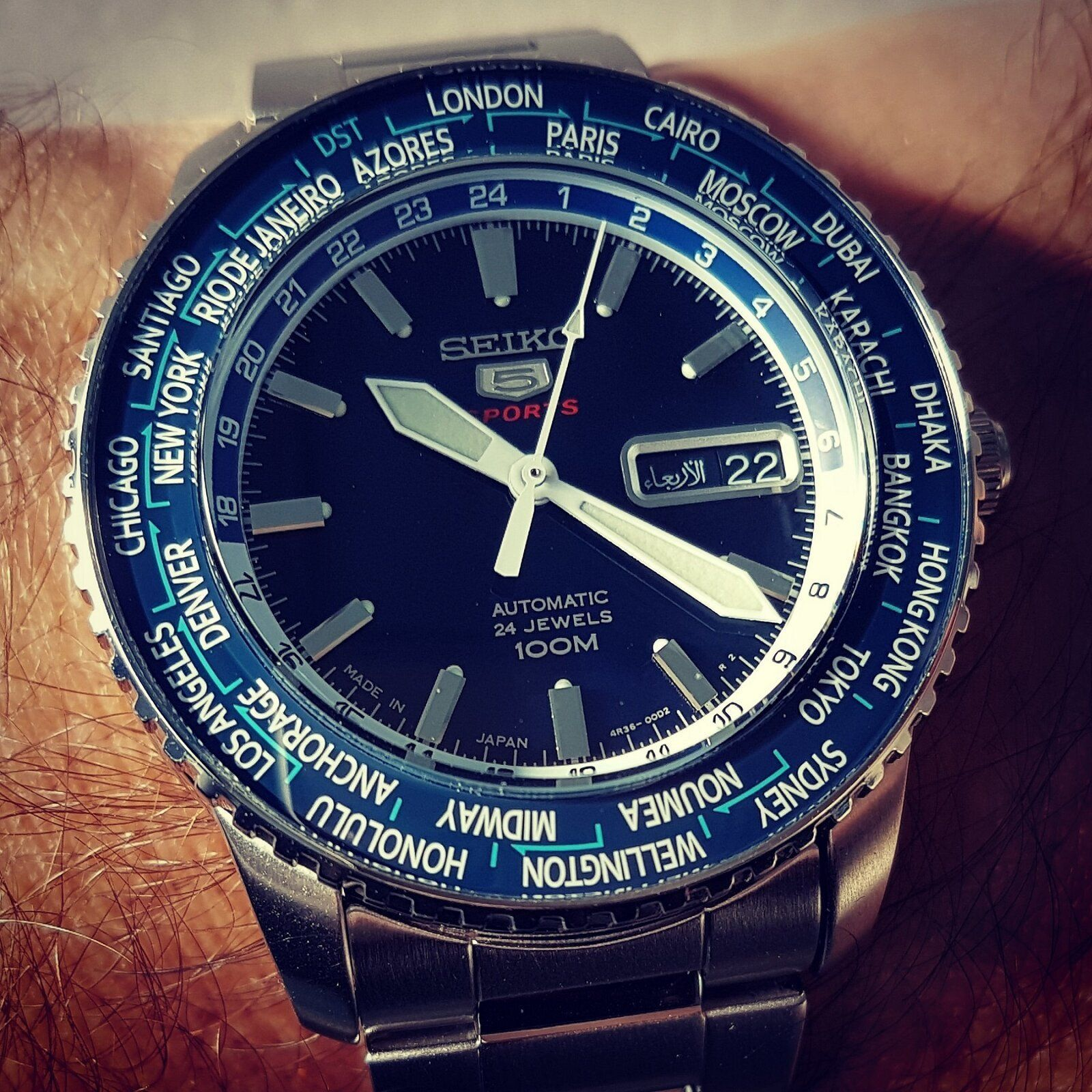 Seiko 5 Sports SRP125 World Time Cal. 4R36 Auto 100M (3).jpg