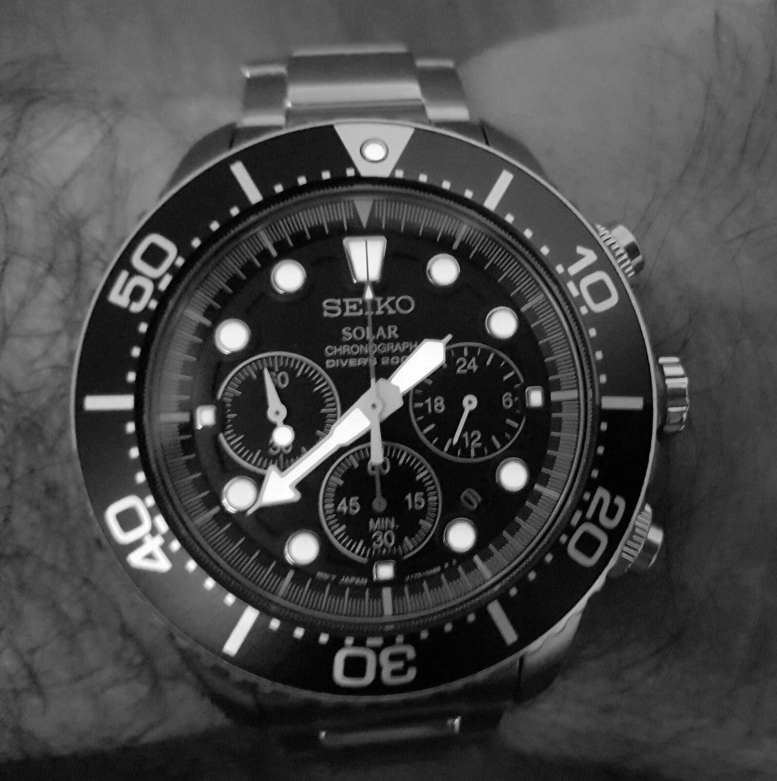 Seiko Solar Daytona Submariner Black  SSC017 200M (B&W).jpg