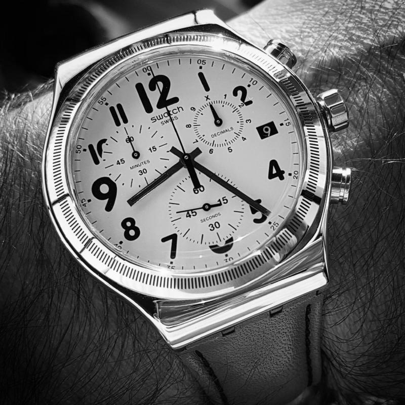 Swatch Leblon YVS408 (B&W).jpg