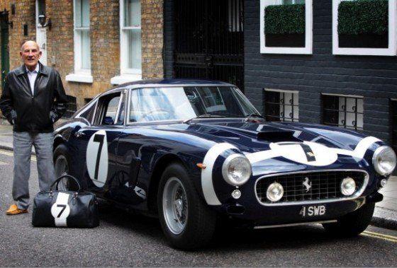 -unveils-Sir-Stirling-Moss-Ferrari-Luggage-560x379.jpg