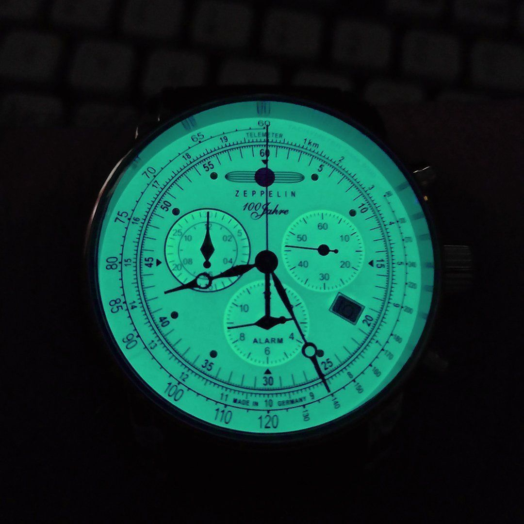 zeppelin_glow.jpg