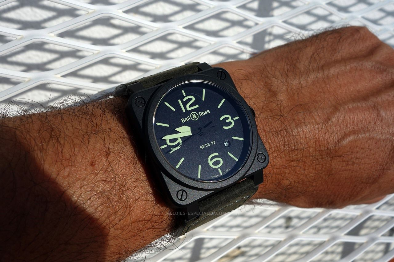 Relojes Especiales te muestra el Bell&Ross Nightlum BR 03-92